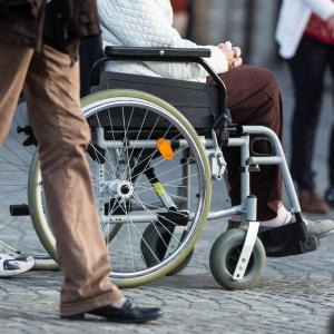 Low cardiorespiratory fitness, obesity tied to later chronic disability