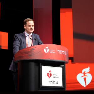 Treatment withdrawal not recommended after dilated cardiomyopathy recovery