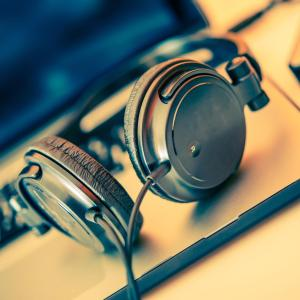 Music therapy improves anxiety, distress during radiation therapy