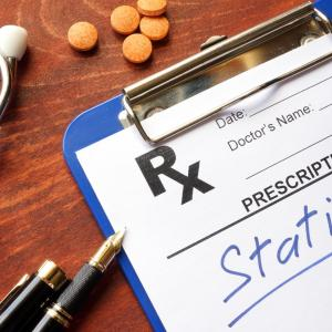 Scale tips toward statin use for cardiovascular disease prevention