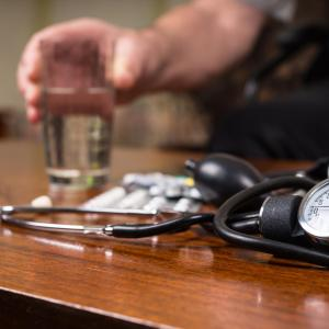 ACE inhibitor–CCB combo benefits patients on tight BP control, with resistant hypertension