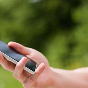 Text messaging-based intervention helps smokers to quit smoking