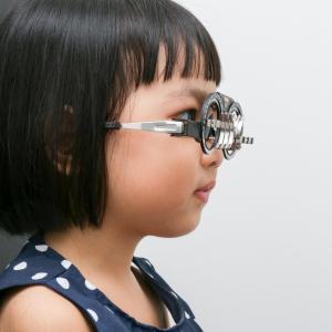 High myopia worsens over time