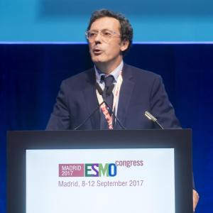Durvalumab improves PFS after chemoradiotherapy in unresectable stage III NSCLC