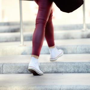 Obesity does not reduce dynamic posture stability in young adults