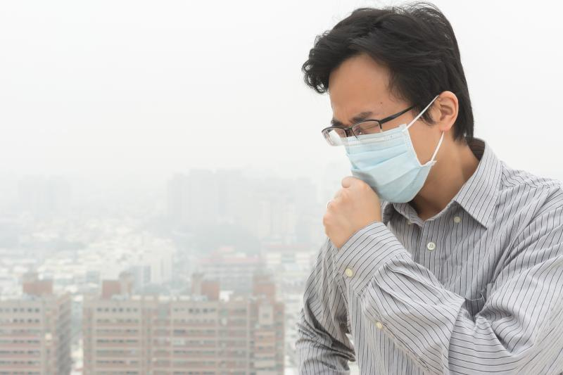 Less Reducing In Surgical Effective Than Air Mask Cloth