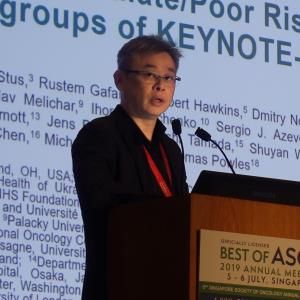 Pembrolizumab-axitinib combo improves survival even in poorer-risk RCC patients
