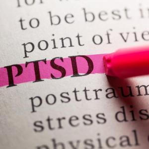 Peri-traumatic nausea predicts PTSD symptom development