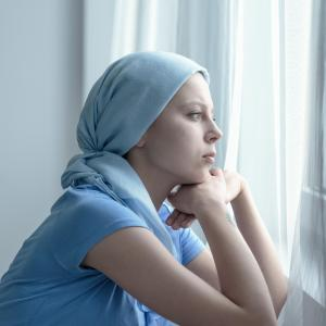 Chemotherapy for lung cancer may trigger early menopause