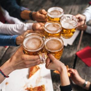 Binge drinking in early adulthood linked to increased arterial stiffness