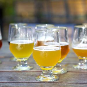 Drink up: Moderate beer, wine intake protects against COPD in men