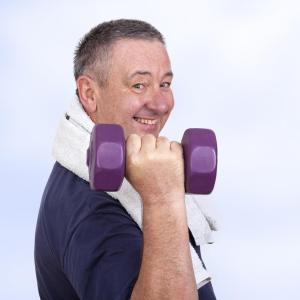 Dieting plus aerobic, resistance training best for older obese adults