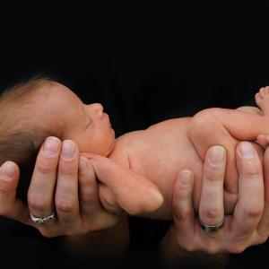 Antenatal dexamethasone reduces risk of neonatal death, stillbirth
