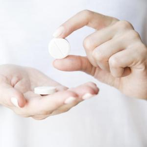 Aspirin or NSAID use linked to improved survival in ovarian cancer