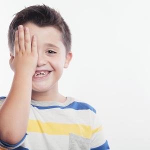 Novel handheld device allows point-of-care retinal assessment in kids