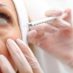 Delayed adverse events uncommon after injection with hyaluronic acid fillers