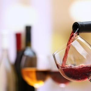 Sulfites in wine may trigger headache in young adults