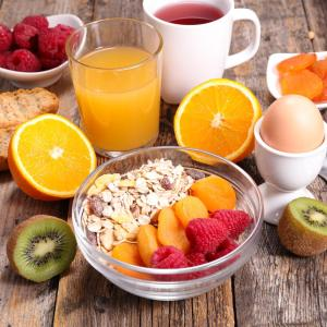 Higher fibre intake tied to lower postprandial glucose at breakfast