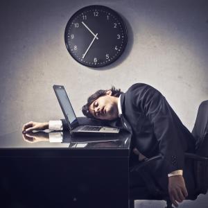 Long work hours take toll on men's heart