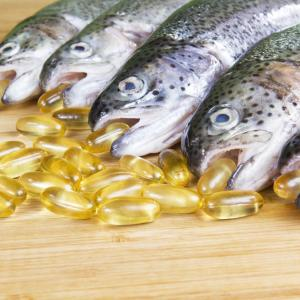 Oily fish intake improves triacylglycerol, HDL-C in children