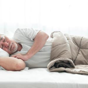 Sleeping ≥9 hours at night or >90 minutes during the day increases risk of stroke