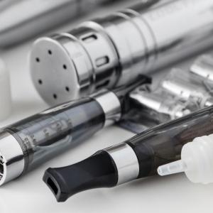Vaping tied to more asthma symptoms, abnormal lung mechanics