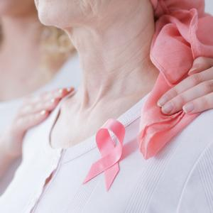 Breast cancer risk elevated in older women with first-degree family breast cancer history